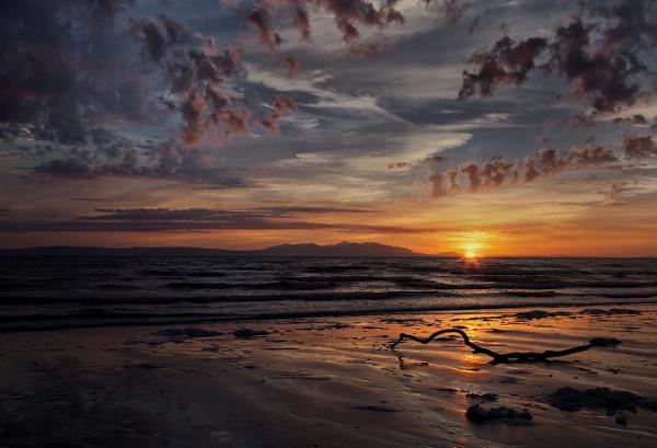 Peaceful sunset by karen61