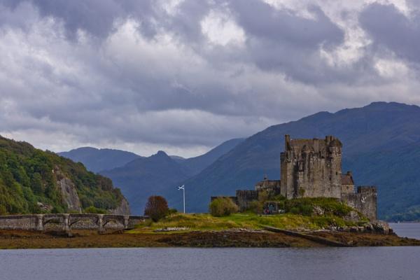 Eilean Donan Castle by Frase