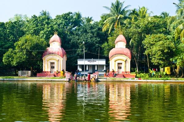 Twin Hindu Temples of Lord shiva .. by prabirsenuk