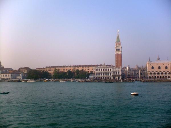 Goodbye Venice by tamarisk