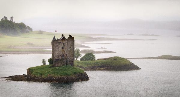 Castle Stalker by Gabicat