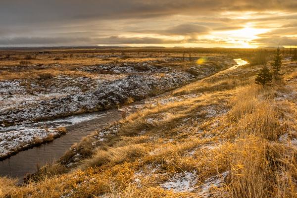 Icelandic landscape by ollimar71