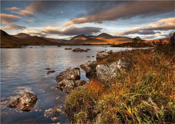 Black Mount Dawn by bill33
