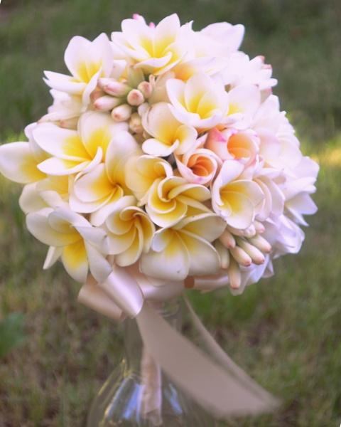 Frangipani and Tubarose Bouquet by CLARECUM