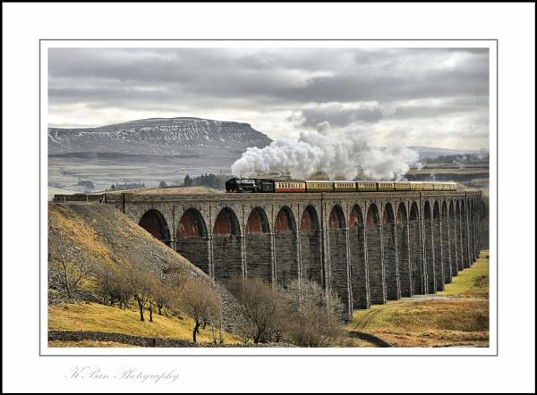 Britannia over Ribblehead Viaduct by KBan