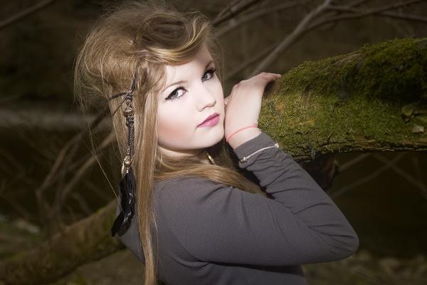 Grace in forest by deanl
