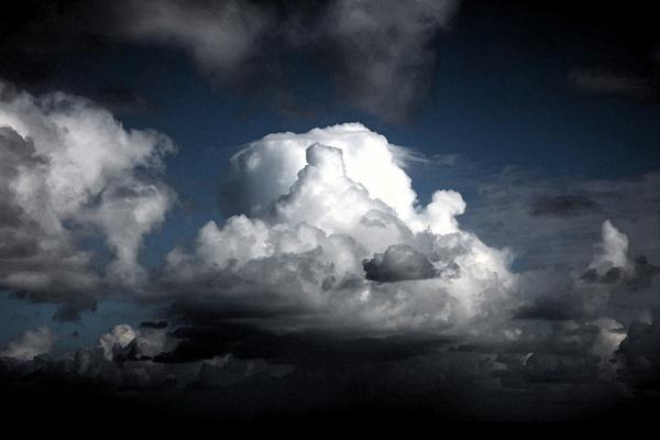 stormy sky by adrian_w