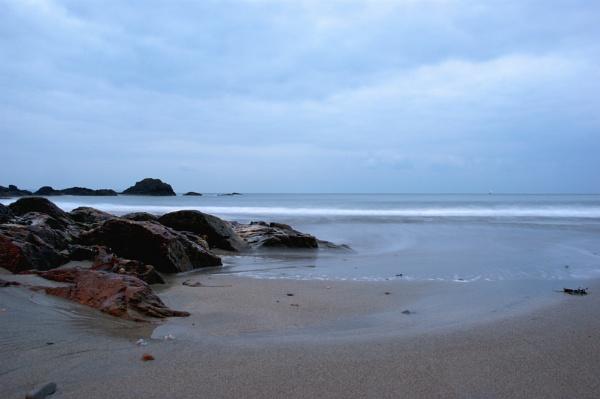 Looe Beach, Cornwall by stuhalloran