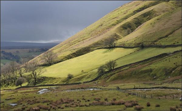 Rain in the Howgill Fells by KentishChap