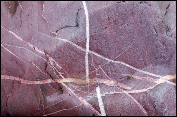 Rock Veins by bwlchmawr