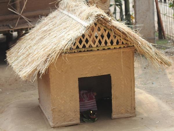 Hut to Pray the God by SHEENUASHISH