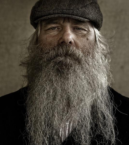 Return of the Beardy Bloke by backbeat