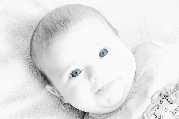 Little blue eyes. by gaelldew