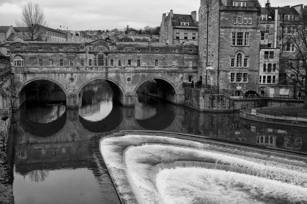 Pulteney Bridge & Weir by foz