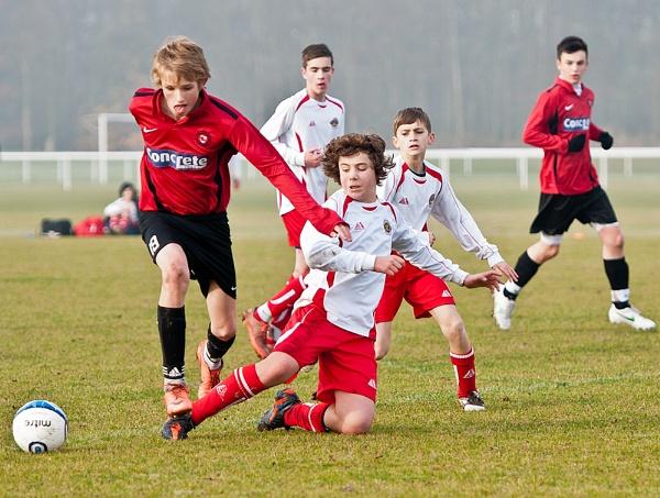 Midfield Battle by Philo