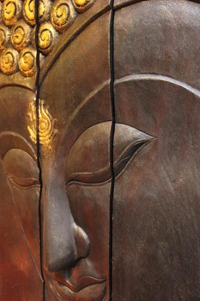 Thai Buddha by KIWIGIRL78