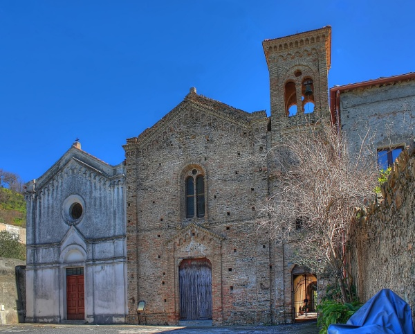two churches - HDR by yoctox