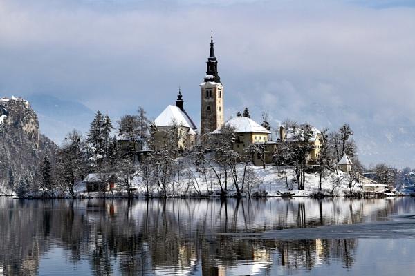 winter dreamland by Visoko1960
