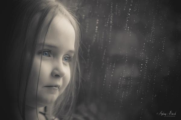 Evie by AntonyB