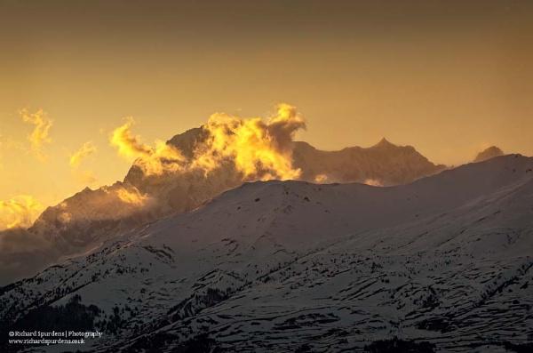Golden light  across Mont blanc massif by Richsr