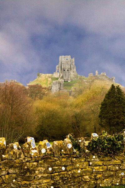 Corfe Castle by sdixon2380