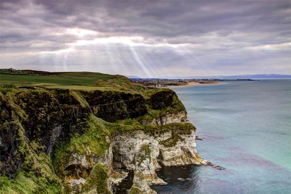 Cliffs by canonfan