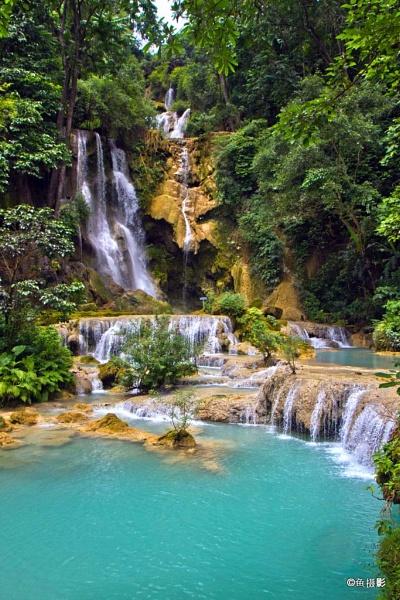 Kuangsi Waterfall in Luang Prabhang, Loas by Benlib