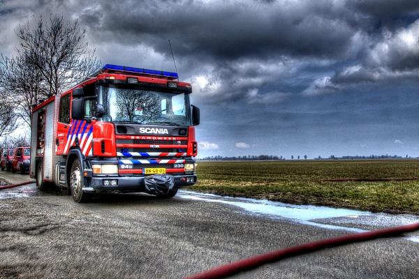 Dutch firefighter truck in HDR by burd