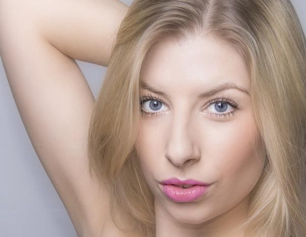 Nicole by rogerbryan