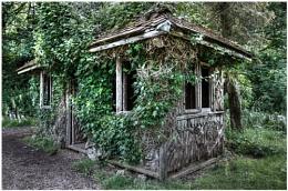 Lowther Castle Garden Hut