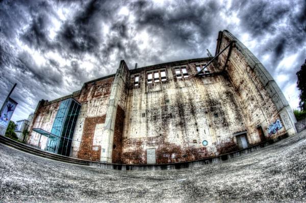 Brisbane Powerhouse by pieaddict
