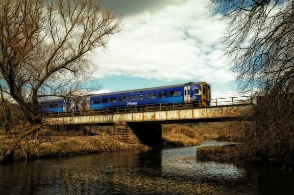 Class 158 on Bridge by Almac1961