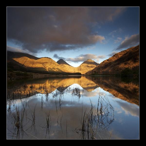 Across the Lochan by jeanie