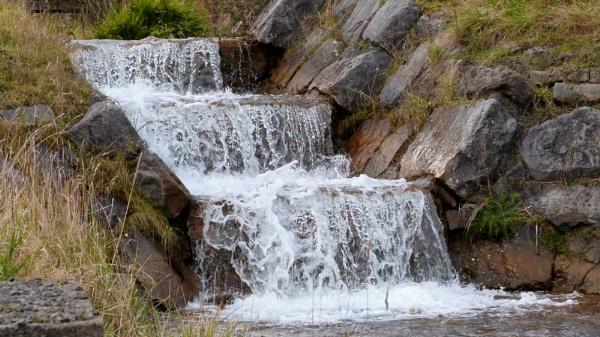 99 00:00:00    gentle water fall by ejakzzz