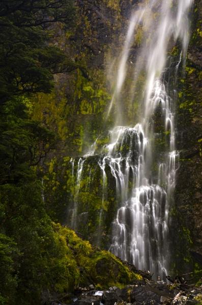 New Zealand Waterfall by pieaddict