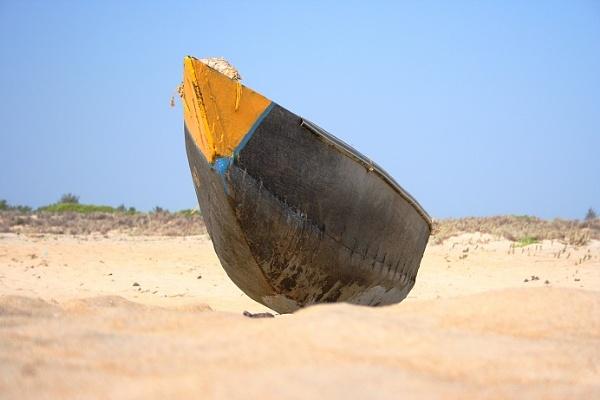 Fisherman-boat by pingreek