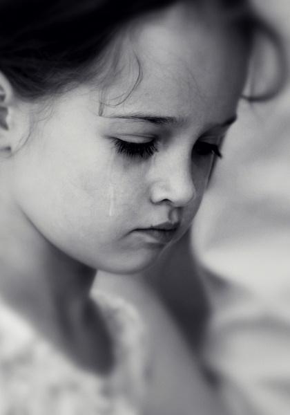 Tiny tears IV by aleci