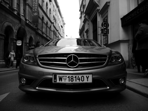 Mercedes Benz by joshwa
