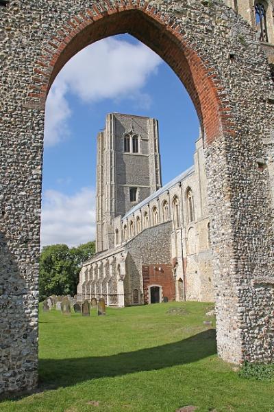 Wymondham Abbey, Norfolk by oaklea