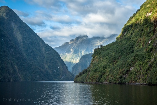 Doubtful Sound 2 by cats_123