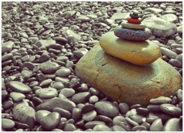 Rock.Rock.Stone.Stone.Peble.Peble.Peble. by megan99