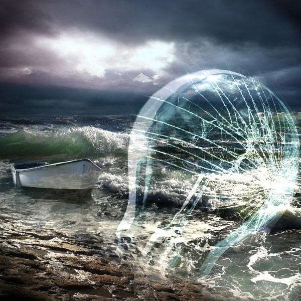 Sea glass by Naidie