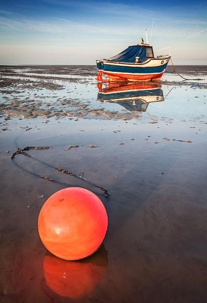 Essex Buoy by derekhansen