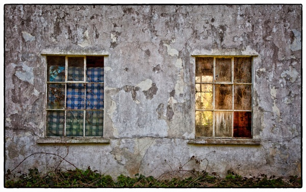 Two Windows by bps11