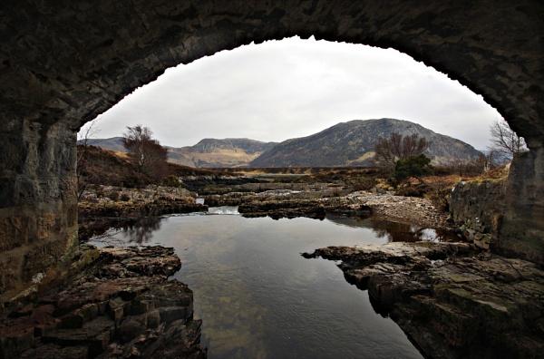Under the Bridge by IanLuckock