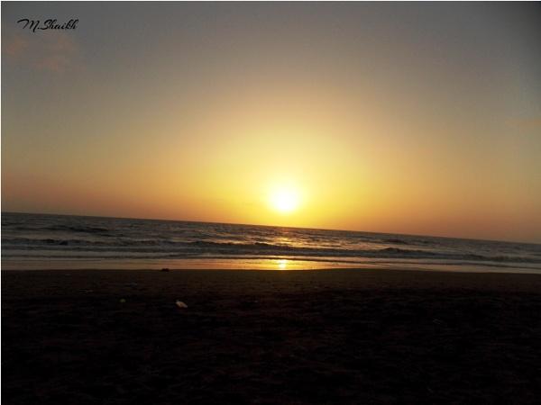Golden sea by adnanmujib