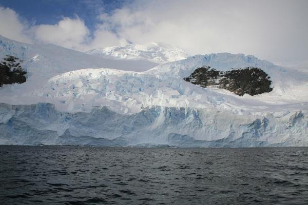 Glacier at neko Harbour by brianwakeling