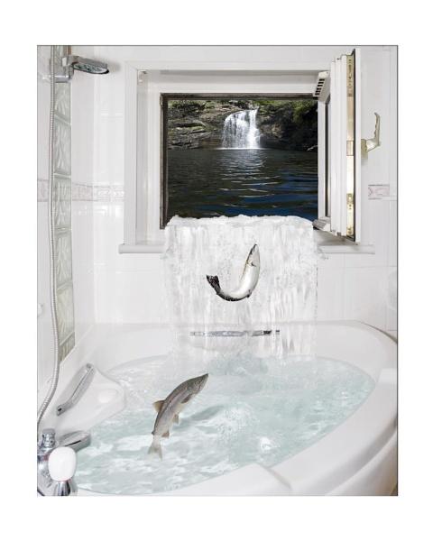 Falls in the bath by Alex_M