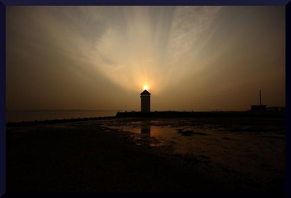 Brightlingsea-Batemans Tower by BillyBunter