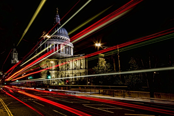 St. Paul\'s Cathedral, London by NH_Snap
